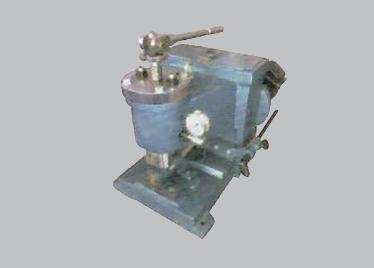 MR417-B辊压机